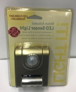 Light It! - 4-led Motion Activated Sensor Light - Silver