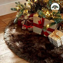 Classic Christmas Tree Skirt Dark Sable Brown Mink Bearskin