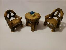 Fairy Garden Ladybug Table & 2 Chair Log Rustic Resin Dollho