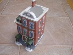 Department 56 Heritage Village Collection ; Christmas in the
