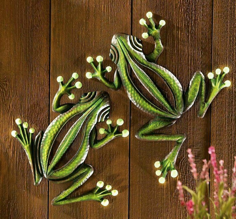 Collections Etc The Dark Hanging Frogs Wall Fence Tree -