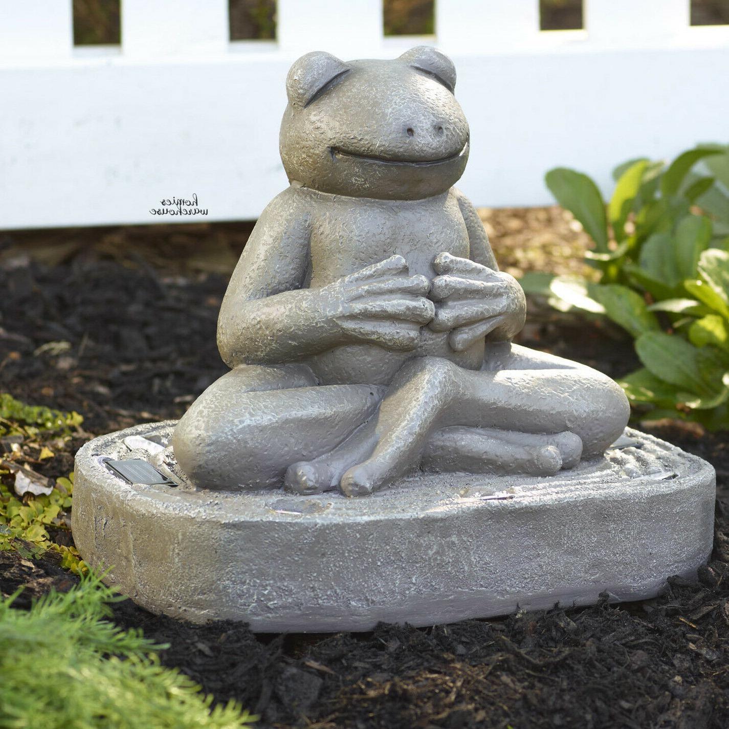 Frog Garden Statue Sculpture Solar Lighted Resin Figurine Pa
