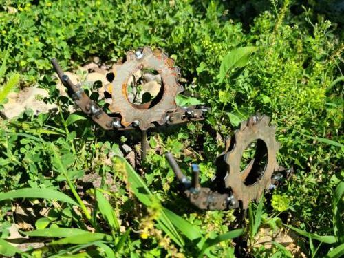 Welded Metal Garden Snail - Outdoor Rustic Yard Art Decorati
