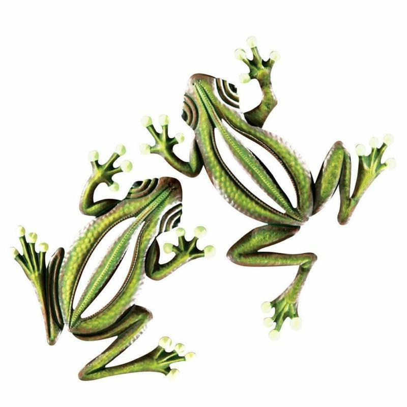 glow in the dark hanging frogs wall