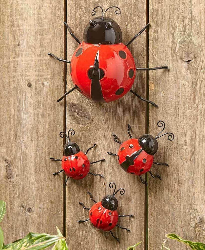 Set 4 Metal Garden Ladybugs Wall Fence Garden Yard Lawn