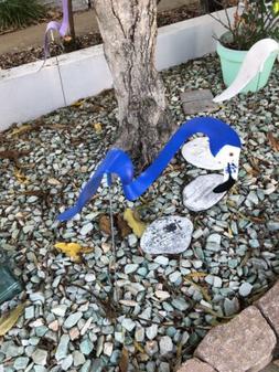 ROYAL BLUE DANCING FLAMINGO Yard Garden Lawn Decor Ornament