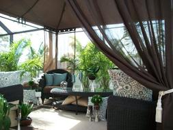 20% OFF TODAY!! FINAL CLEARANCE!! Indoor/Outdoor Gazebo Pati